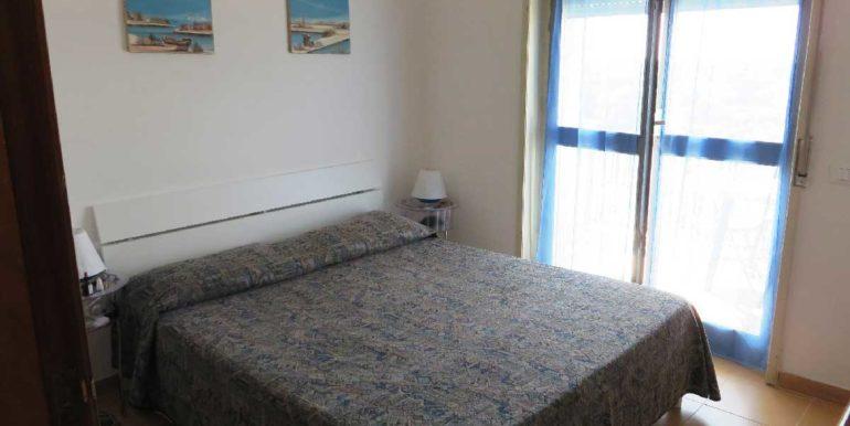 Salentomar-TDO-015-L2-camera-letto-fronte-mare