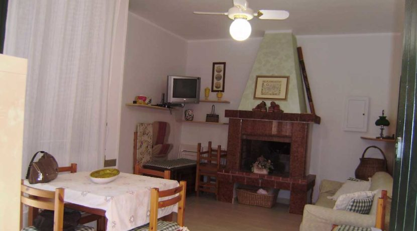 Salentomar - Appartamento in affitto a Torre Dell'Orso a pochi metri dal mare ref. TDO-011